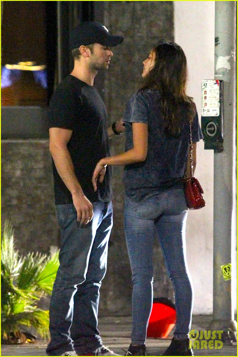 chace crawford rachelle goulding hold hands 083187540