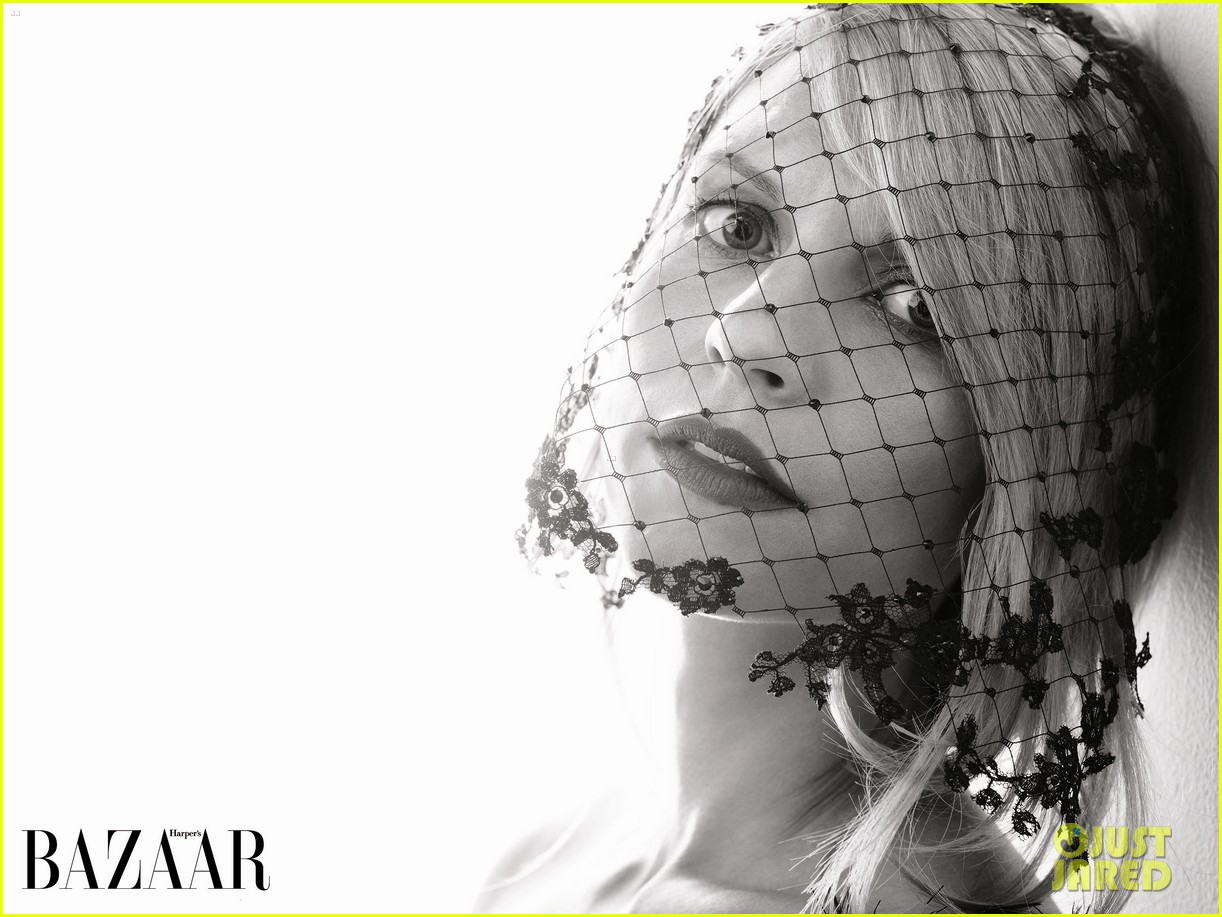 claire danes covers harpers bazaar uk october 2014 023187758