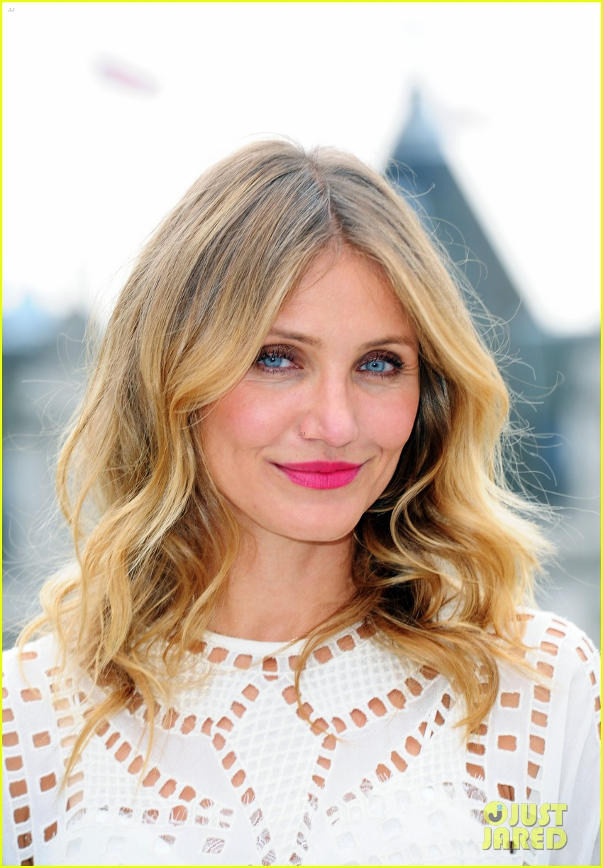 cameron diaz speaks up about nude photos leak scandal this 19
