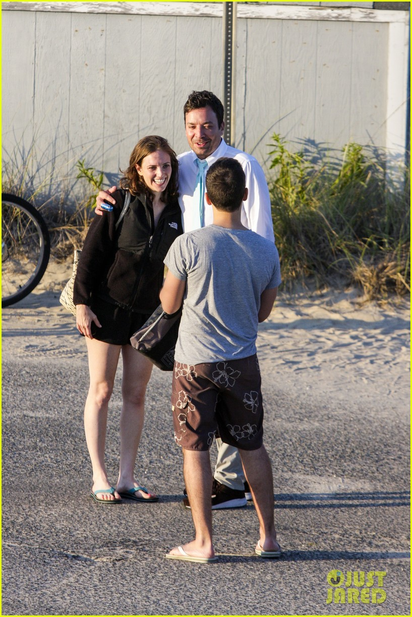 drew barrymore jimmy fallon hang in the hamptons on labor day weekend 10