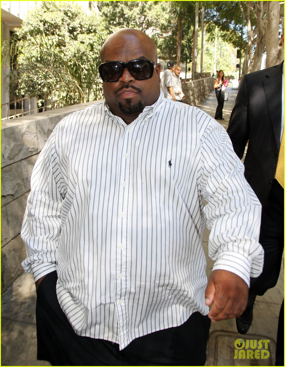 cee lo green tweets controversial views on rape 033187597