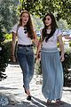 hailee steinfeld sophie turner hold hands girls day 09