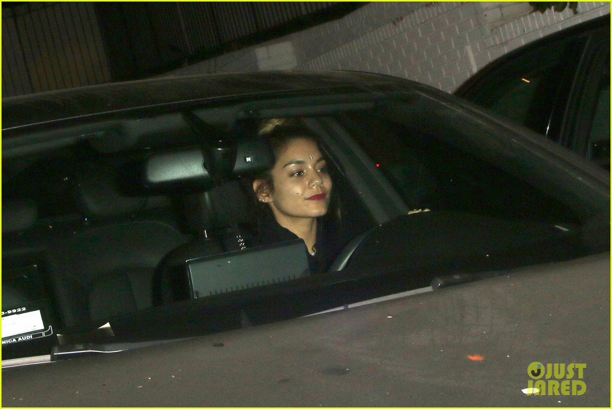 vanessa hudgens leaves chateau marmont 023187414