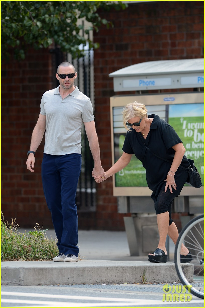 hugh jackman looks lovey dovey with wife after shaving his beard 20