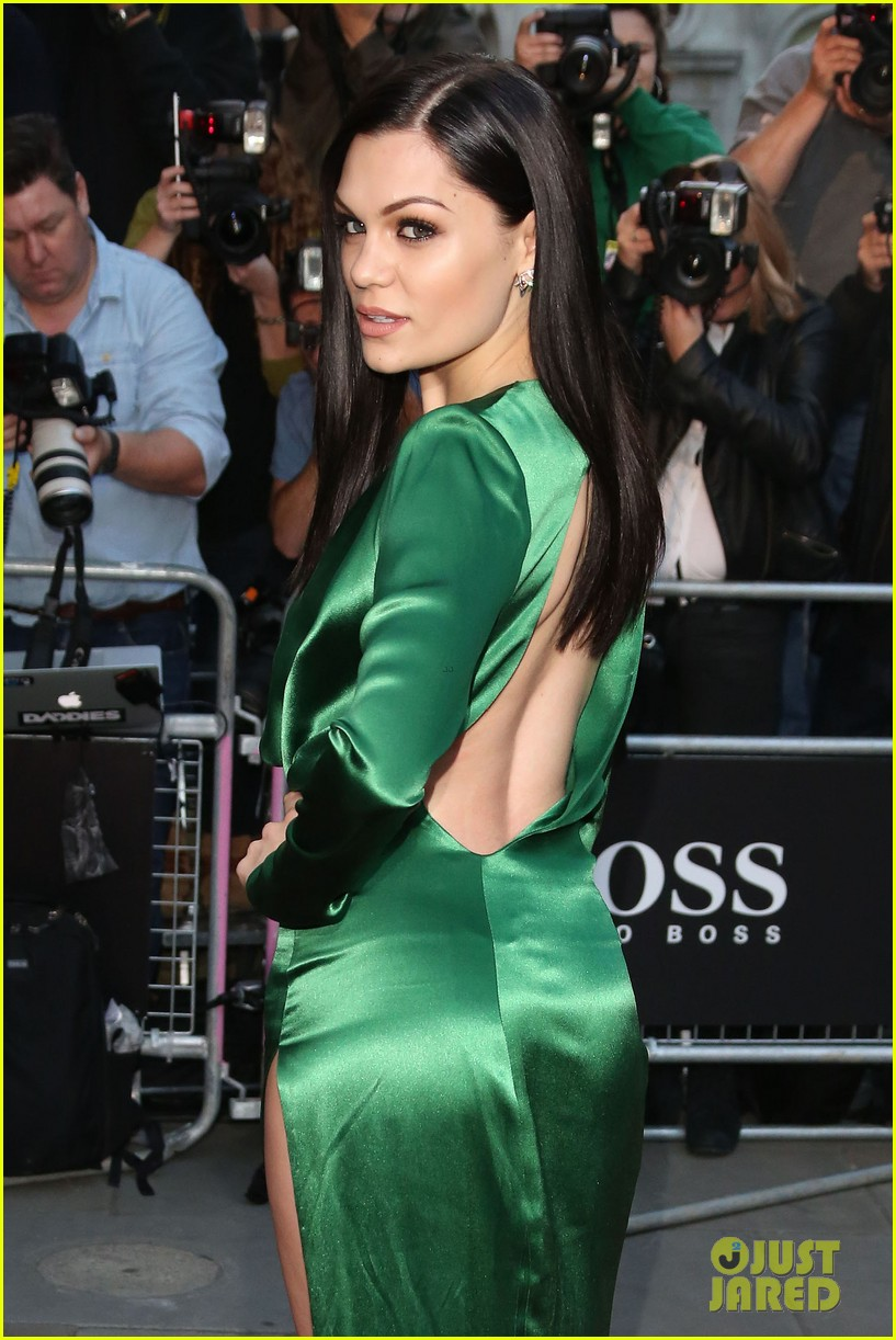 jessie j nicole scherzinger gq men of the year awards 2014 02