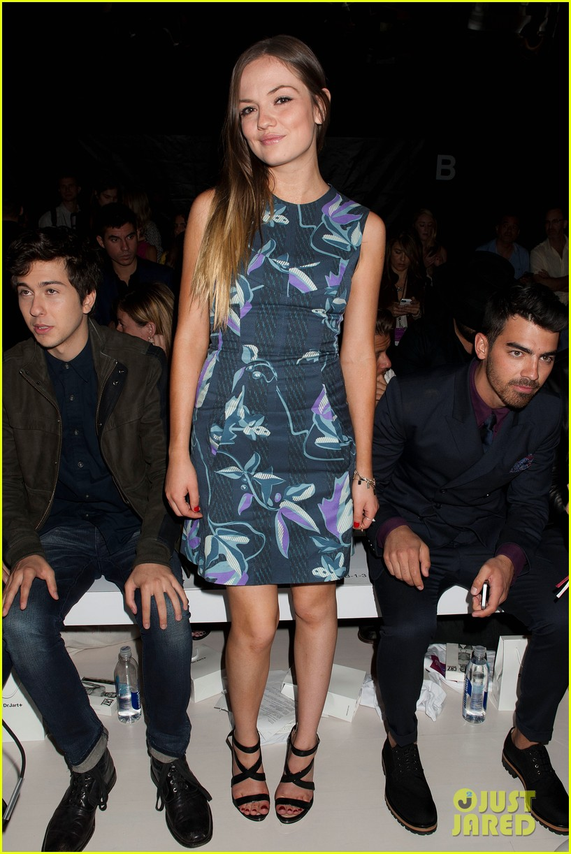 nick joe jonas richard chai fashion show 043189204