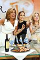 jennifer lopez plays caraoke with meredith vieira 09