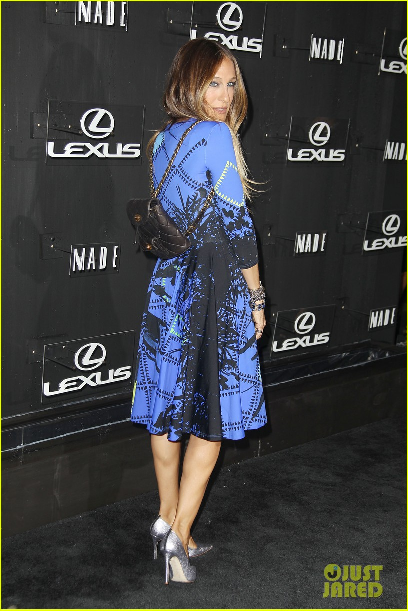 sarah jessica parker disrupts the design with lexus 113189629
