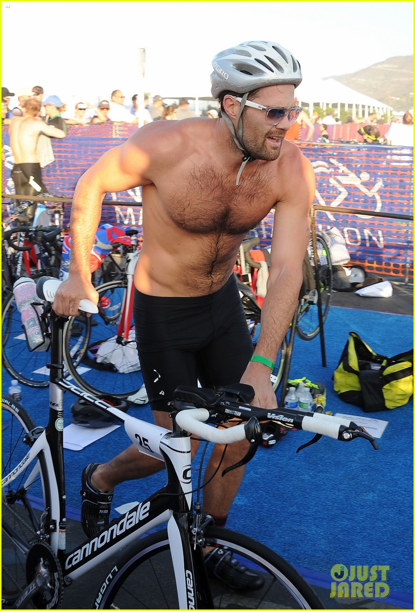 geoff stults colin egglesfield shirtless nautica triathlon 08