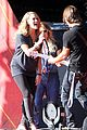 carrie underwood small baby bump for global citzen festival soundcheck 01