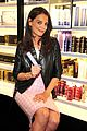 katie holmes admits she is selfish about family time 06
