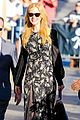 nicole kidman classy appeal attracts crowd at jimmy kimmel 10