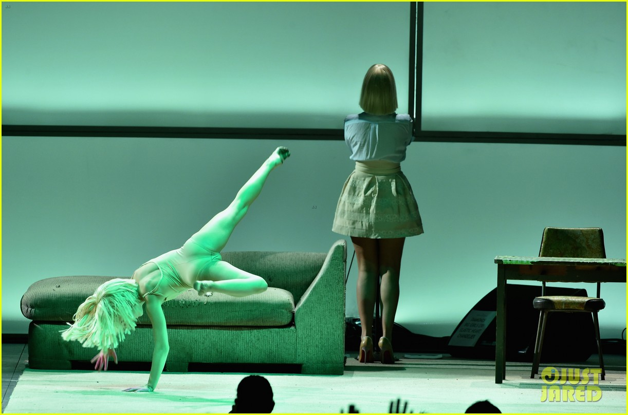 sia performs with her face to the wall at we can survive