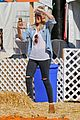harry styles goes pumpkin picking with erin foster 09