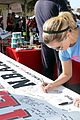 reese witherspoon renee zellweger join team nanci at als walk 09