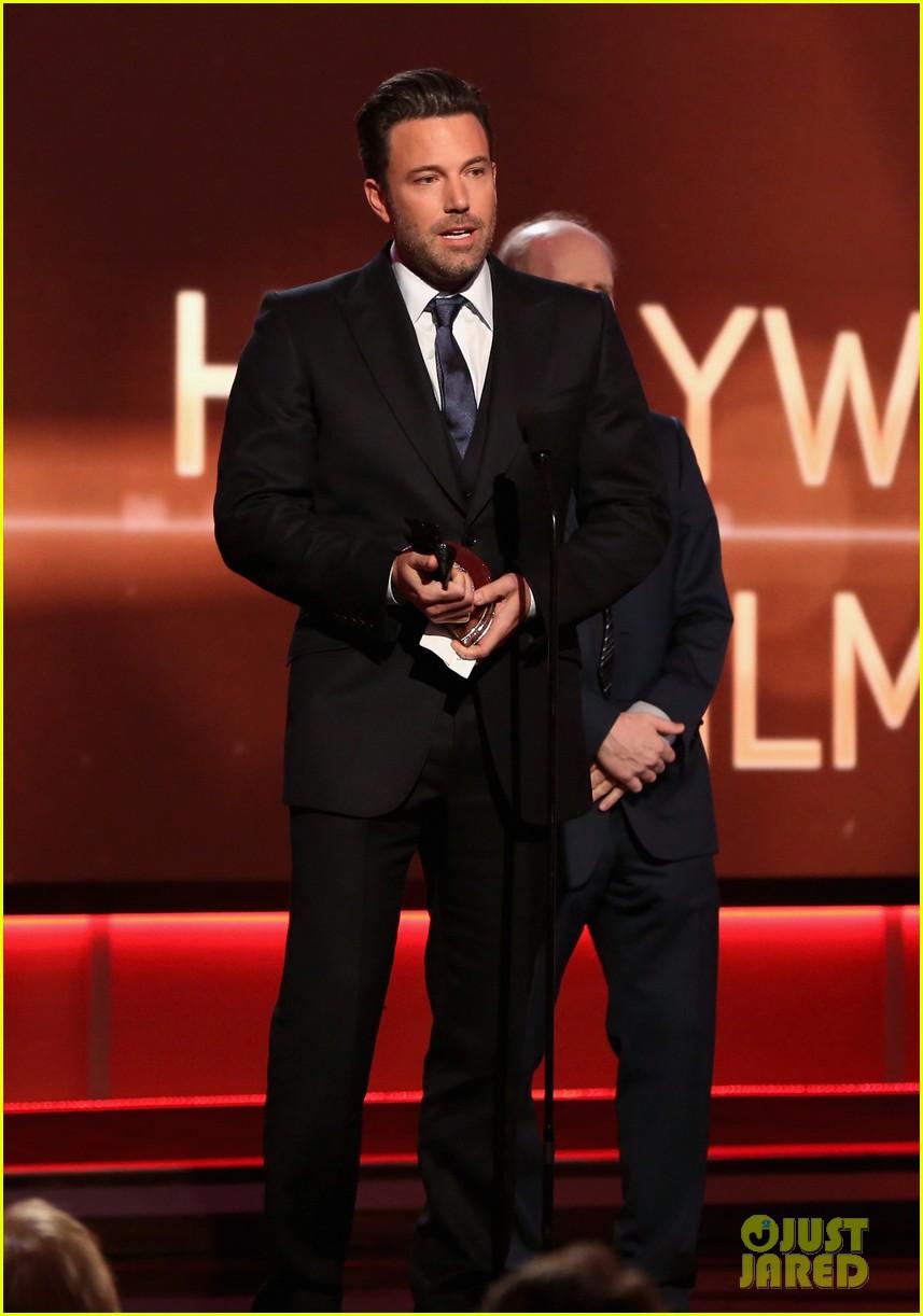 http://cdn04.cdn.justjared.com/wp-content/uploads/2014/11/affleck-hfa/ben-affleck-hollywood-film-awards-2014-20.jpg