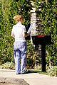 iggy azalea checks mail in comfy pjs 08