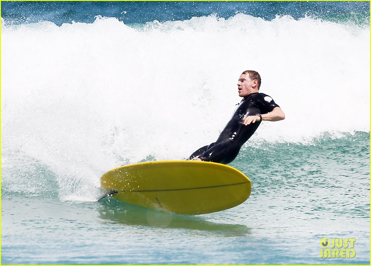 Michael Fassbender Goes Shirtless, Catches a Ton of Waves with Alicia ... Michael Fassbender
