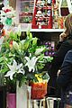 salma hayek goes flower shopping 09