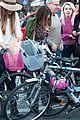 sarah jessica parker rome italy bike 23