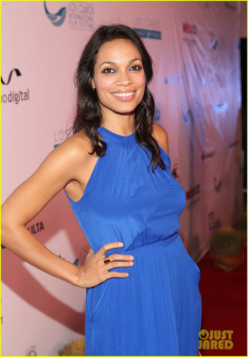 rosario dawson helps honor atom egoyan 103244466