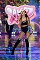 ariana grande ed sheeran victorias secret fashion show 17