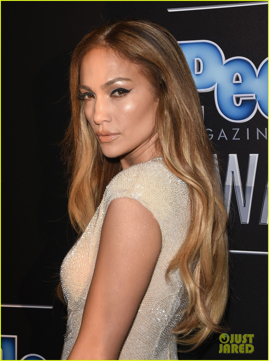jennifer lopez ryan guzman people mag awards 03