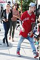 justin bieber hailey baldwin grab lunch for second straight day 10