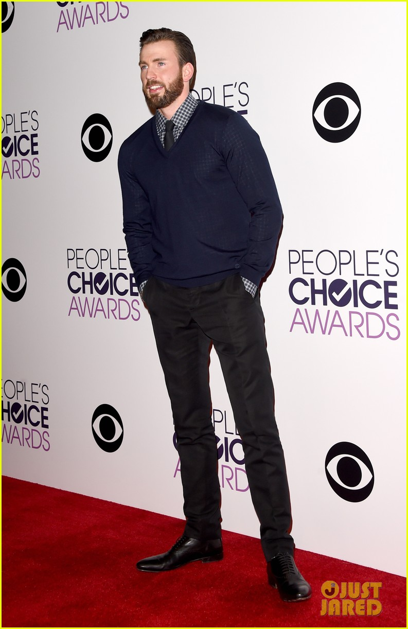 full sized photo of chris evans wins at peoples choice