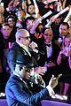 enrique iglesias pitbull ring in the new year in miami 17