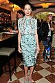 michelle monaghan has stylish moment before golden globes 01