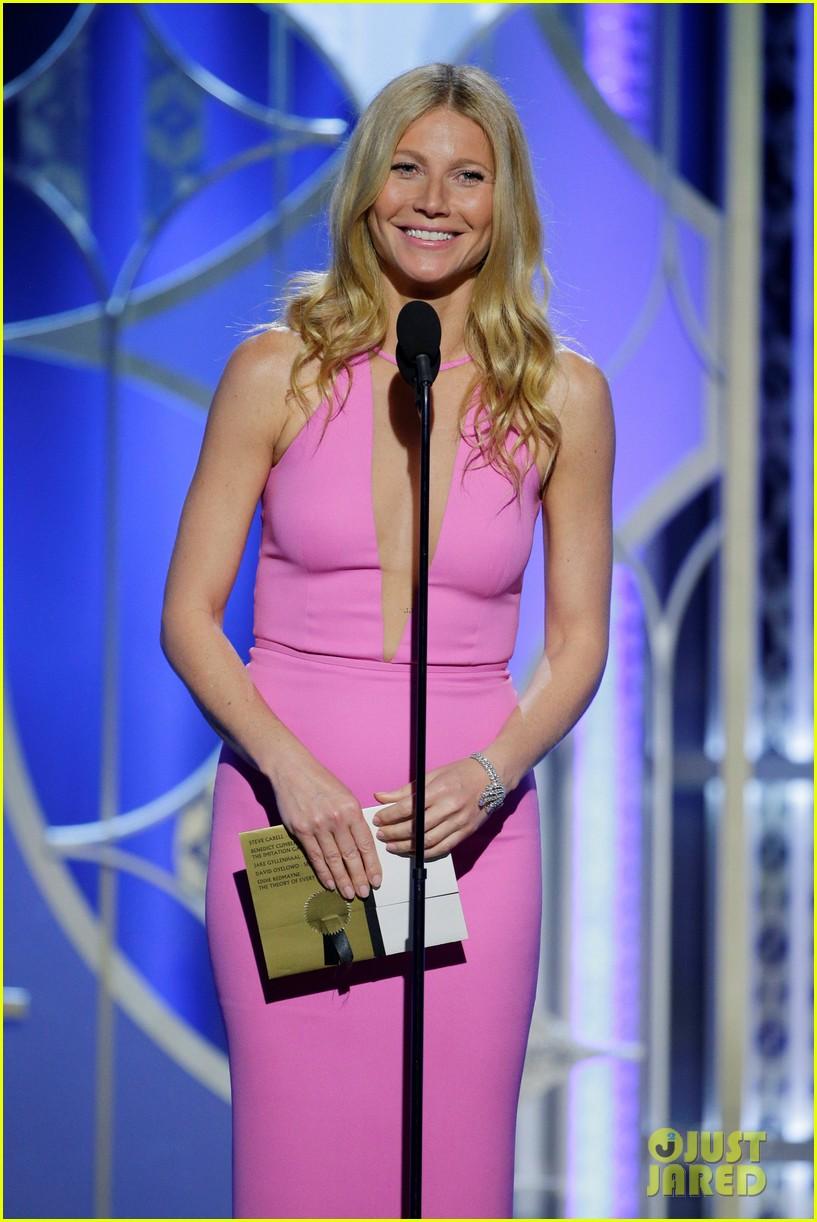 http://cdn04.cdn.justjared.com/wp-content/uploads/2015/01/paltrow-globes/gwyneth-paltrow-was-pretty-in-pink-at-golden-globes-2015-01.jpg