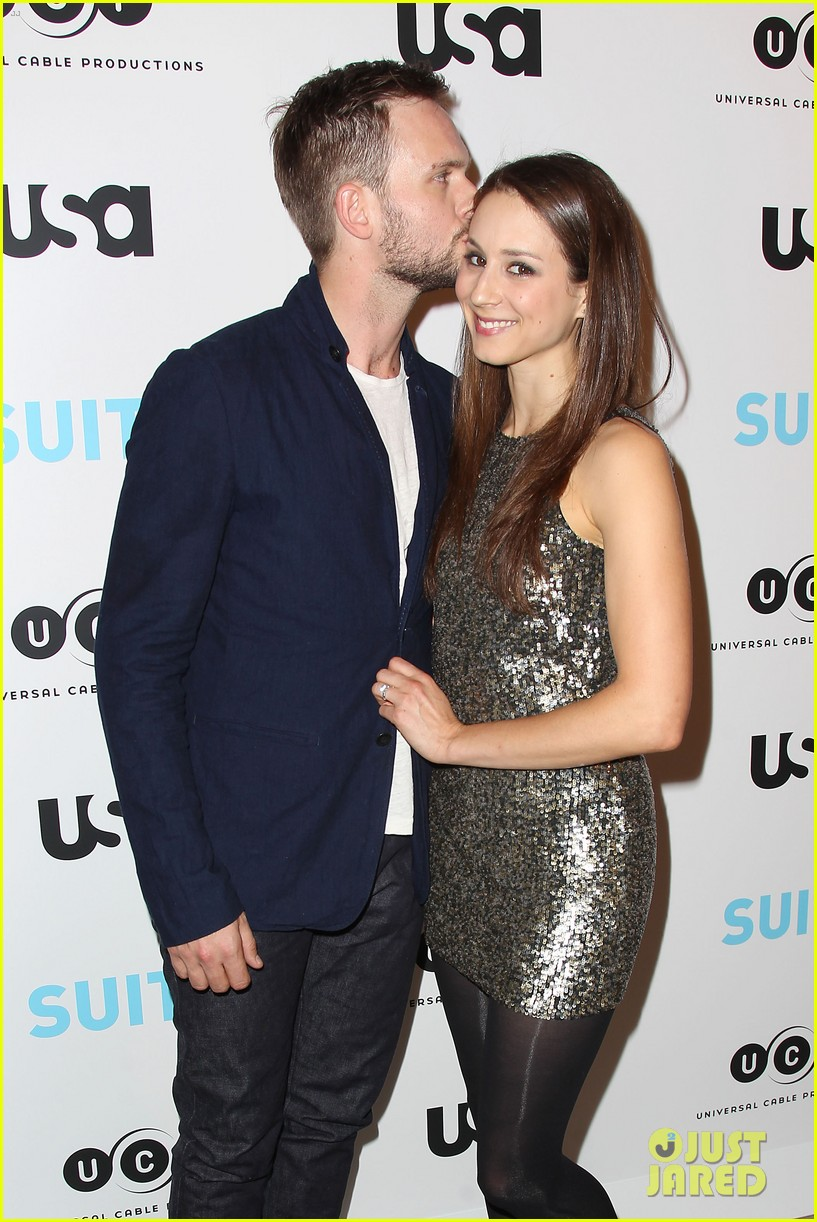 Patrick j adams steps out for suits exhibition opening in nyc with