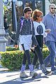 willow smith flashes a peace sign 05