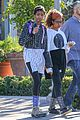 willow smith flashes a peace sign 09