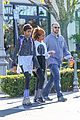 willow smith flashes a peace sign 13