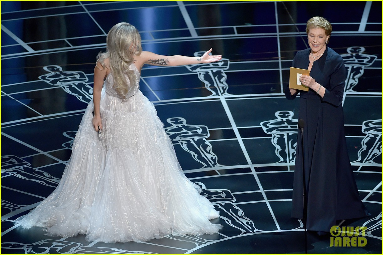 Lady Gaga's 'Sound of Music' Oscars 2015 Performance (Video)