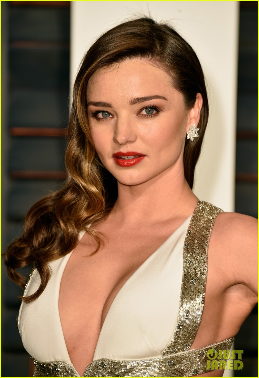 Miranda Kerr Vanity Fair Oscars Party 03 together with Zendaya Shows Quirky Fashion Sense Flaunts Hourglass Figure Two Elegant Gowns Pre Oscar S Party in addition Nicole Murphy Eddie Murphys Ex Still besides Richard Garlick Set Replace Dan Ashworth West Brom Director Football Charles Sale further First Look Encas Live On Air Bumper. on oscar coverage channel