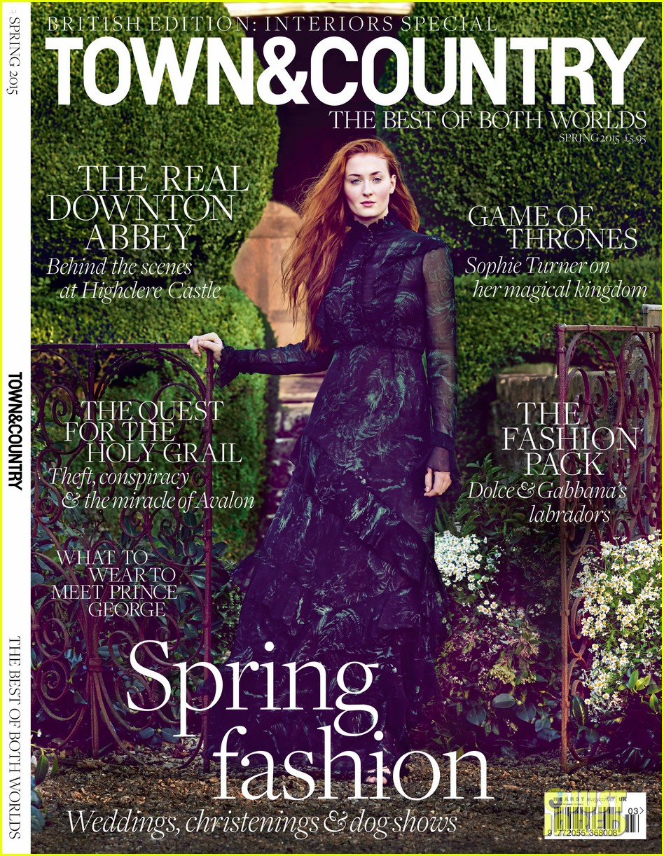 sophie turner town country feb cover 013293105