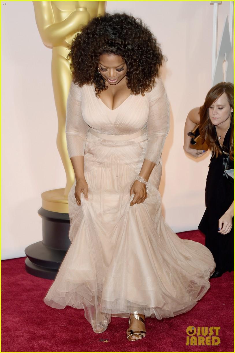 Oprah Winfrey Amp BFF Gayle King Wear Similar Colors At