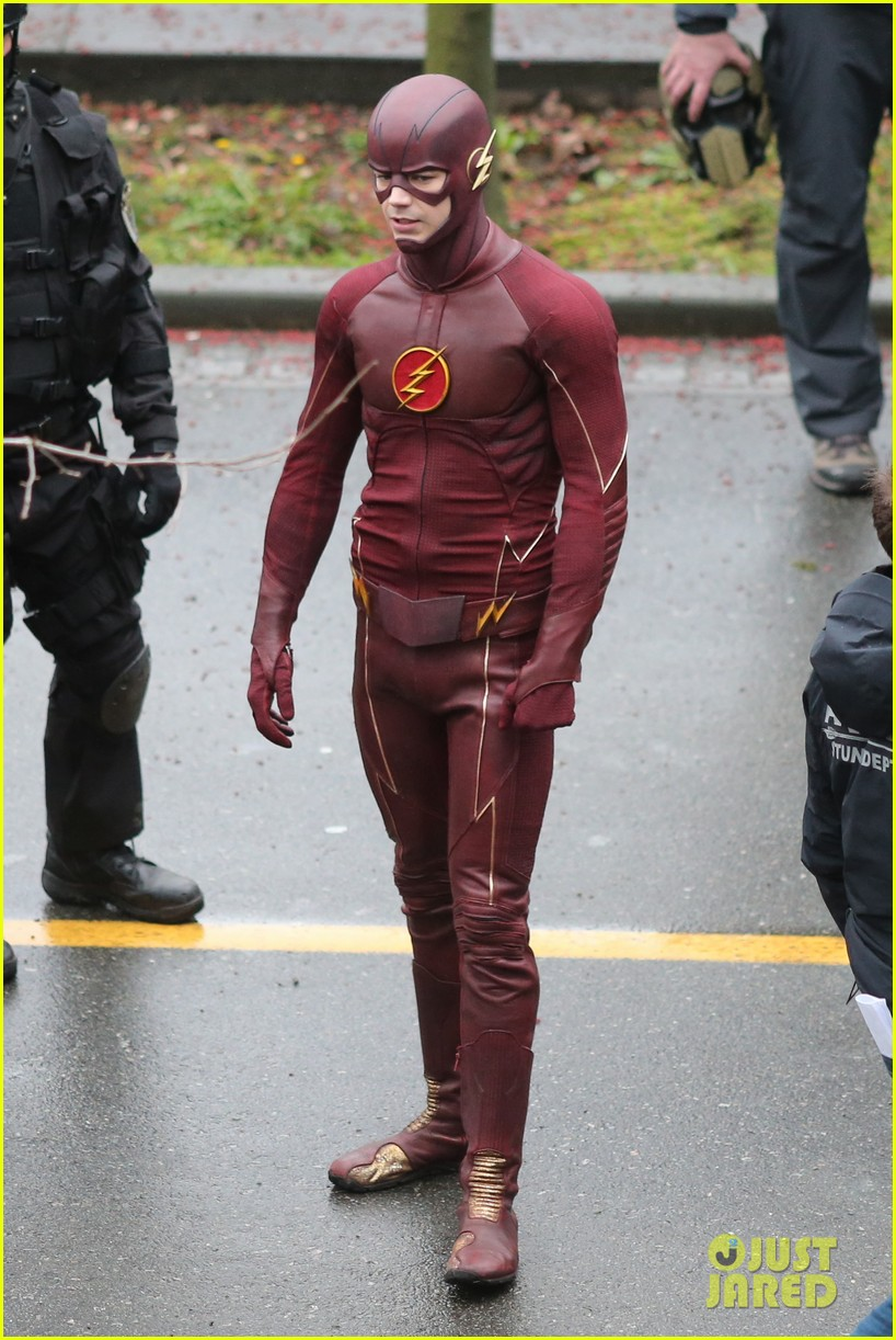 grant gustin rick cosnett flash set silly 083324271