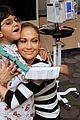 jennifer lopez visits los angeles childrens hospital 01