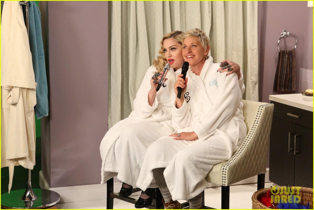 Madonna Ellen DeGeneres Sing Dress You Up In Bathroom Robes - Bathroom robes