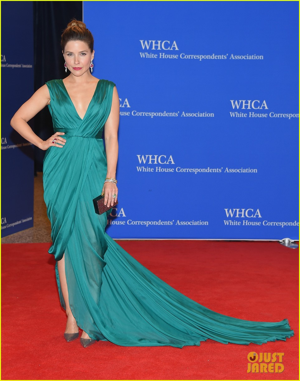Sophia bush hits white house correspondents dinner 2015 Sophia house