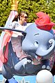 jennifer garner meets mickey mouse at disneyland 05