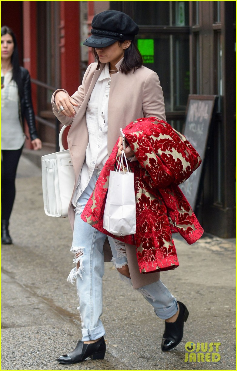 vanessa hudgens reflects gigi so far red coat 03
