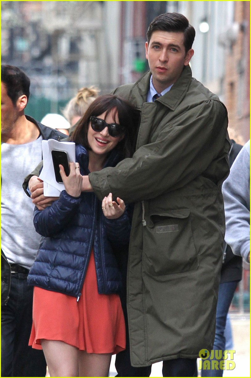 dakota johnson cuddles up to nicholas braun 253354233