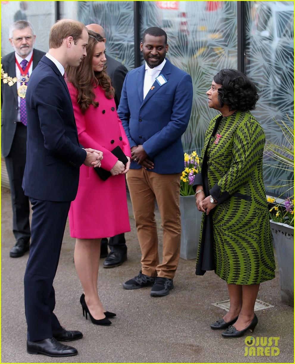 Kate Middleton's Due Date Was Four Days Ago!: Photo 3356582   Kate ...