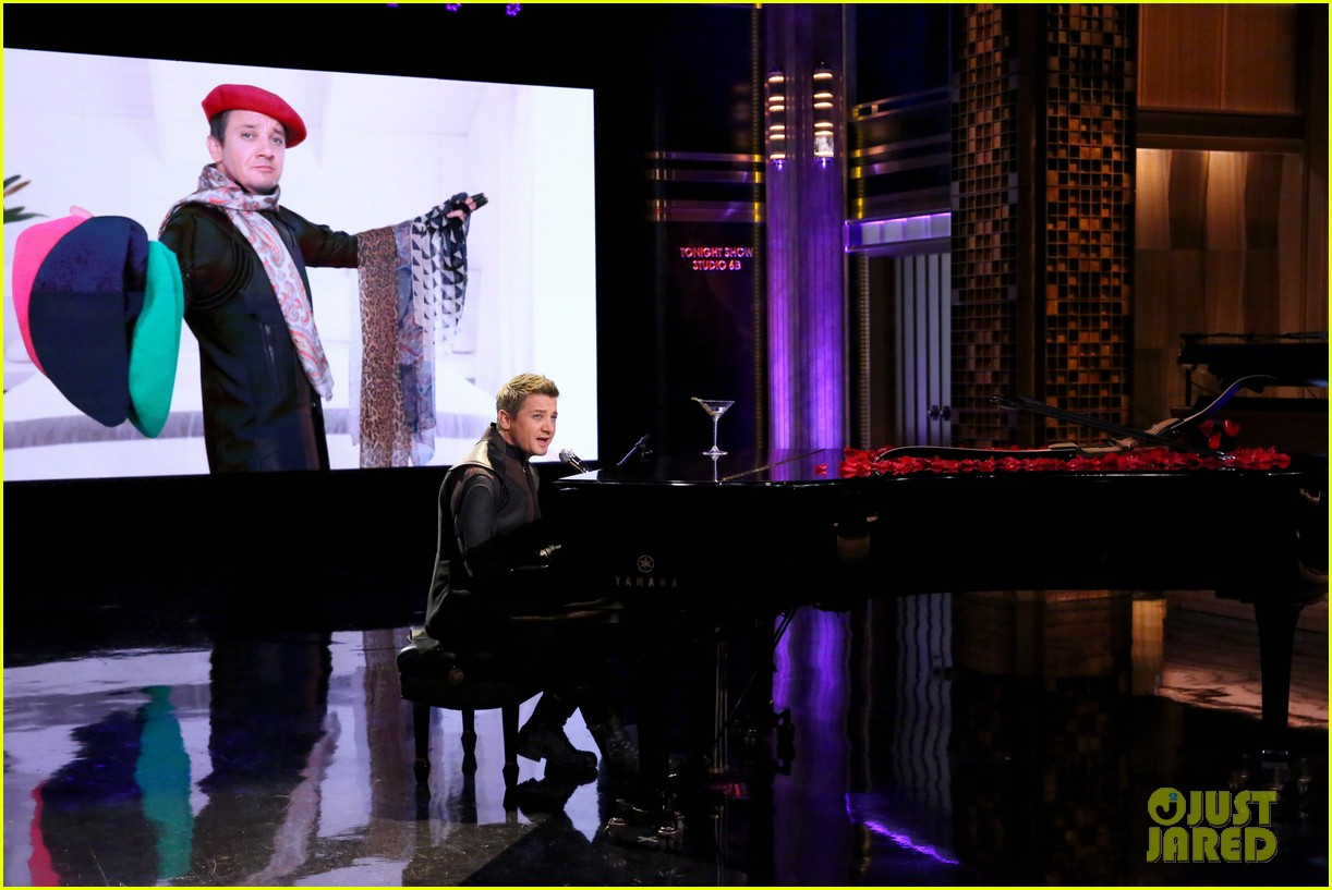 http://cdn04.cdn.justjared.com/wp-content/uploads/2015/04/renner-parody2/jeremy-renner-sings-hawkeye-parody-to-thinking-out-loud-03.jpg