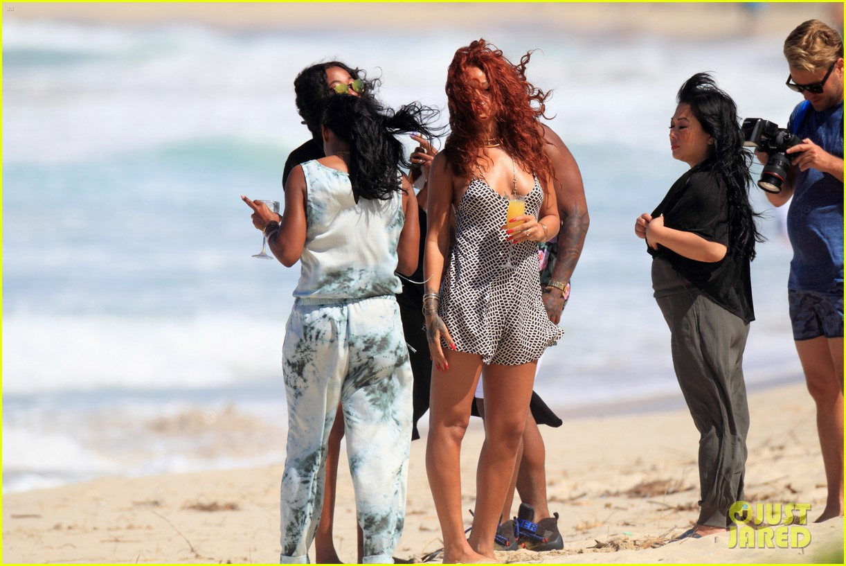 7cda1de6a43 Rihanna Models Her Sexy Beach Looks in Hawaii  Photo 3351438 ...